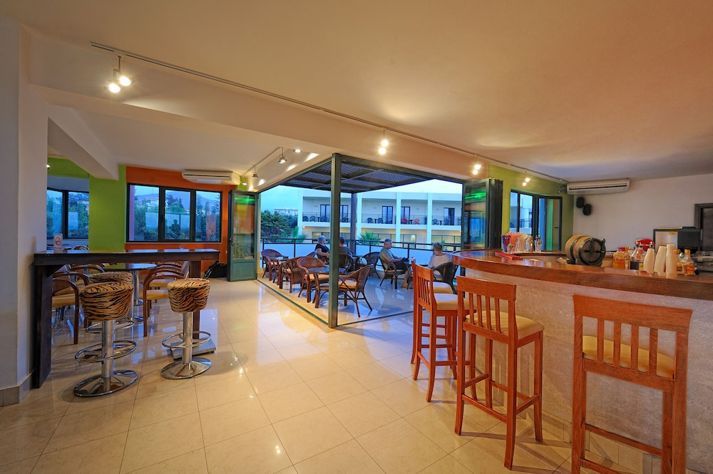 Bar, Gouves Water Park Holiday Resort