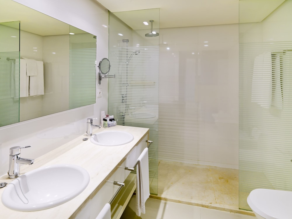 Bathroom, H10 Andalucia Plaza - Adults Only
