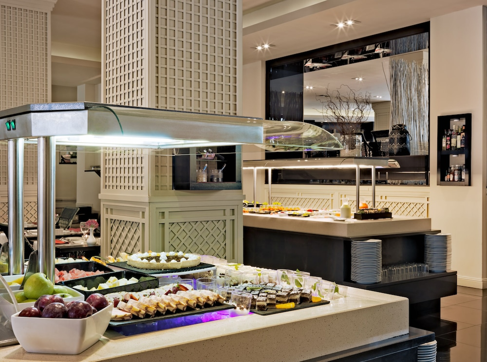 Buffet, H10 Andalucia Plaza - Adults Only