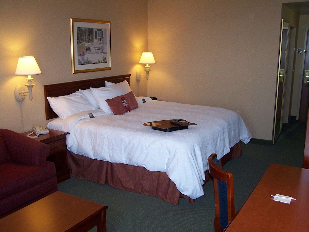 Room, Hampton Inn Waterville