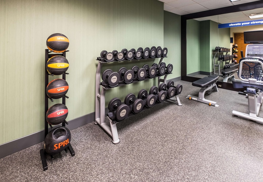 Fitness Facility, Hampton Inn Waterville