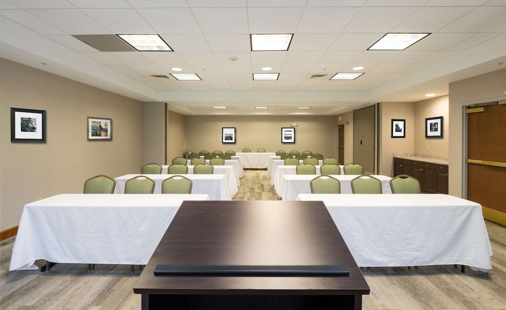Meeting Facility, Hampton Inn Waterville