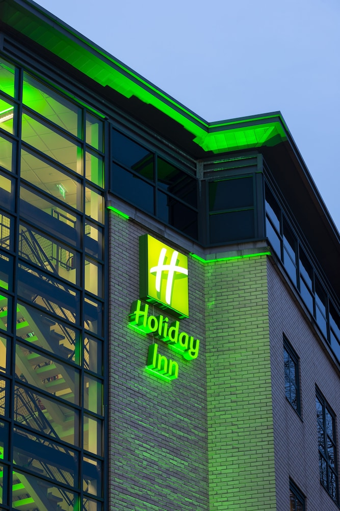 Exterior detail, Holiday Inn York City Centre