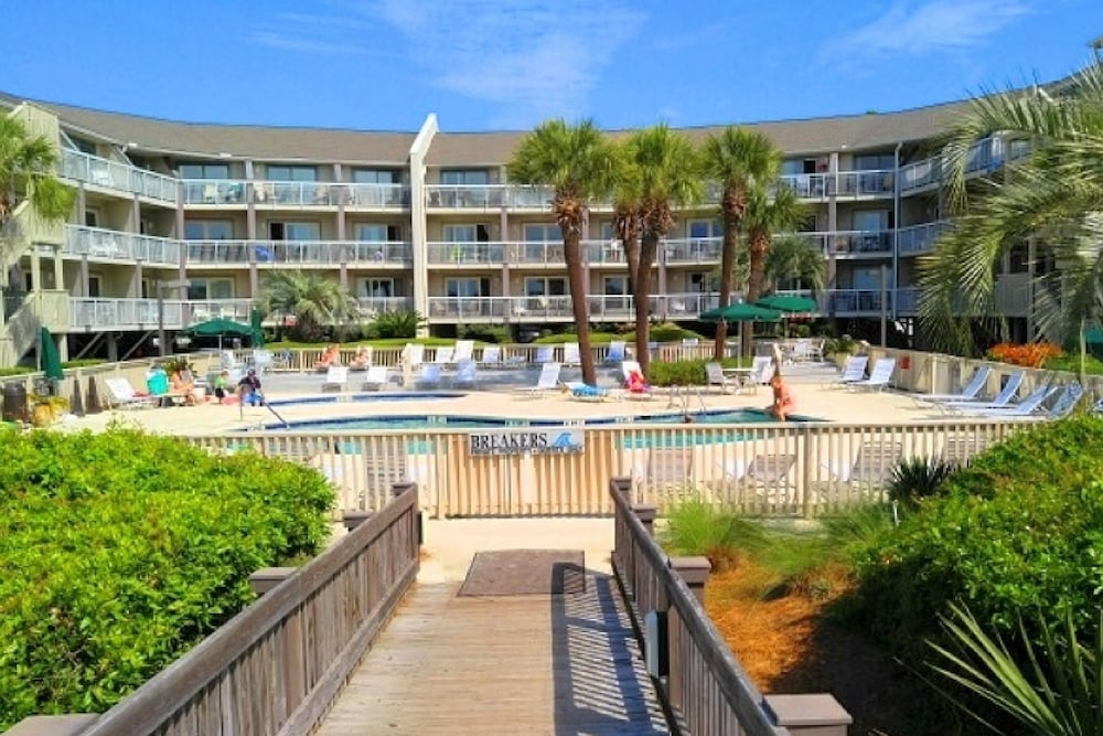 The Breakers Oceanfront 1 Bedroom Villas Hilton Head Room Prices Reviews Travelocity