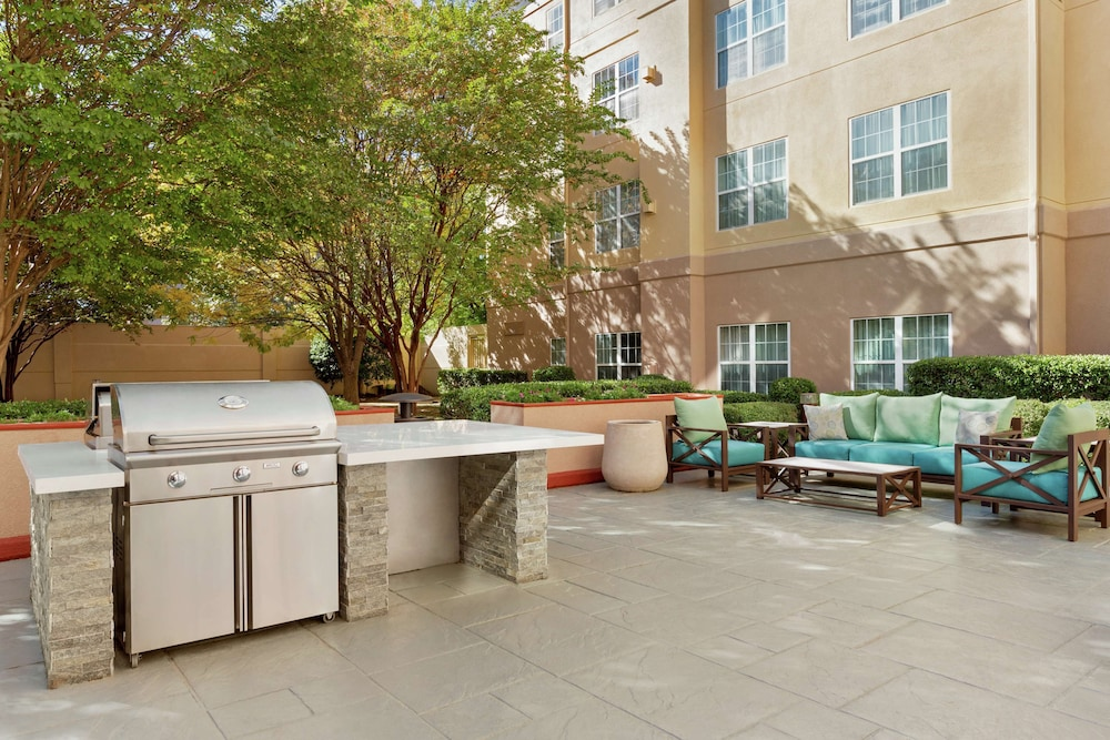 Terrace/Patio, Homewood Suites by Hilton Dallas-DFW Airport N-Grapevine