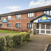 Days Inn by Wyndham Michaelwood M5