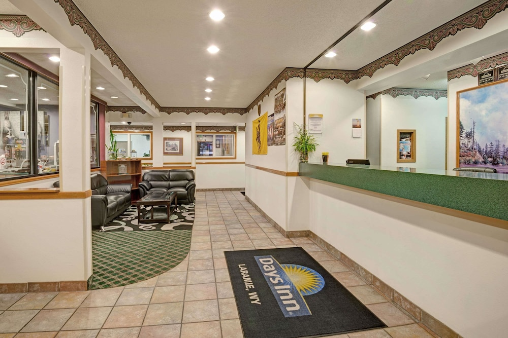 Lobby, Days Inn by Wyndham Laramie