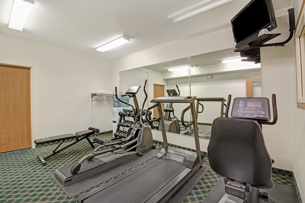 Fitness Facility, Days Inn by Wyndham Laramie