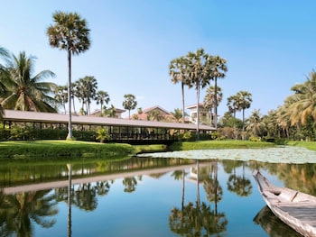 Vithei Charles de Gaulle Khum Svay Dang Kum Angkor 1010, Siem Reap, Cambodia.