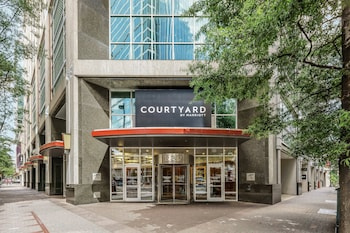 Courtyard by Marriott Charlotte City Center