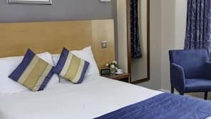 Hypo-allergenic bedding, in-room safe, free cots/infant beds, free WiFi