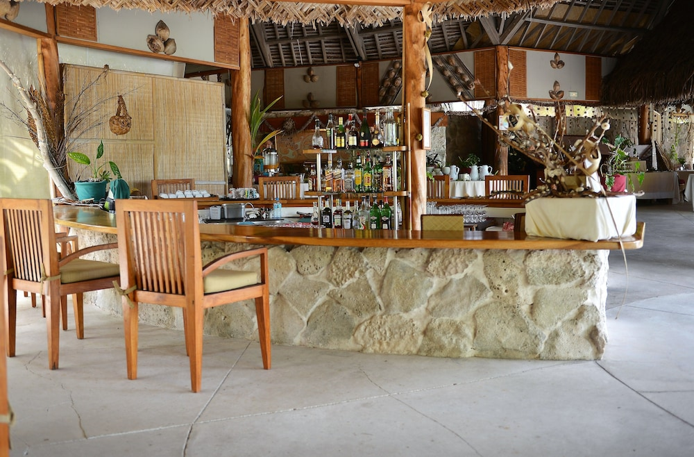 Bar, Tikehau Pearl Beach Resort