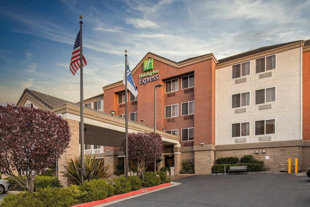Exterior, Holiday Inn Express Castro Valley - East Bay, an IHG Hotel