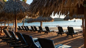 Private beach, sun loungers, beach umbrellas, beach towels