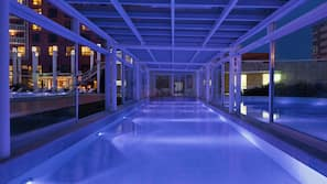 Indoor pool, 2 outdoor pools