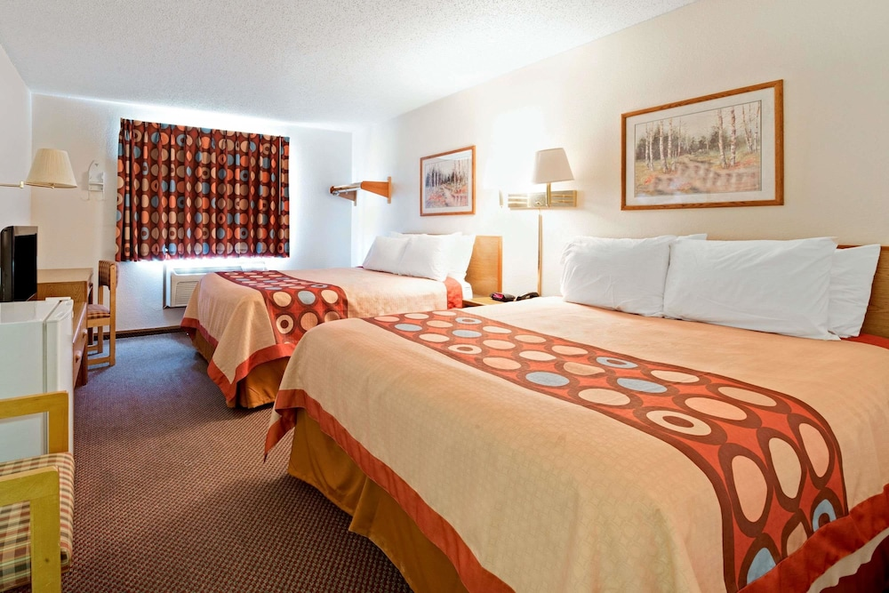 Room, Super 8 by Wyndham Plano/Dallas Area