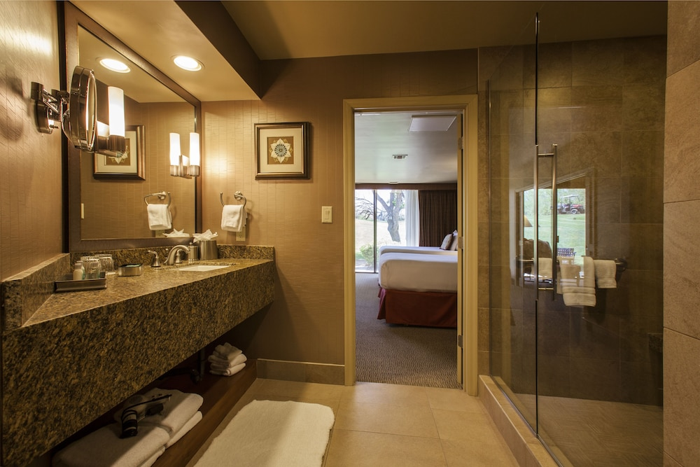 Bathroom, The Lodge at Ventana Canyon