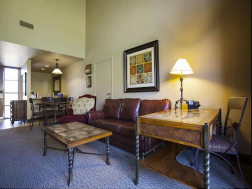 Living Area, The Lodge at Ventana Canyon