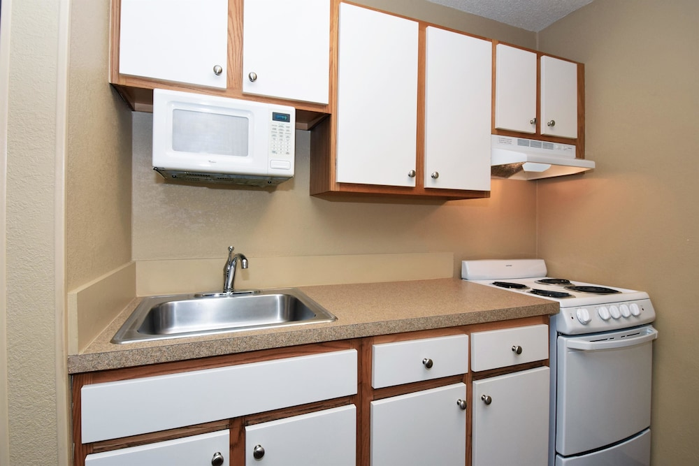 Private Kitchen, Extended Stay America - Atlanta - Alpharetta-Northpoint-East