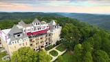 The Crescent Hotel and Spa - Eureka Springs Hotels