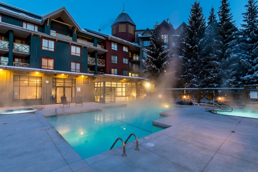 Outdoor Pool, Delta Hotels by Marriott Whistler Village Suites