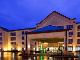 Holiday Inn & Suites Wausau-Rothschild, an IHG Hotel