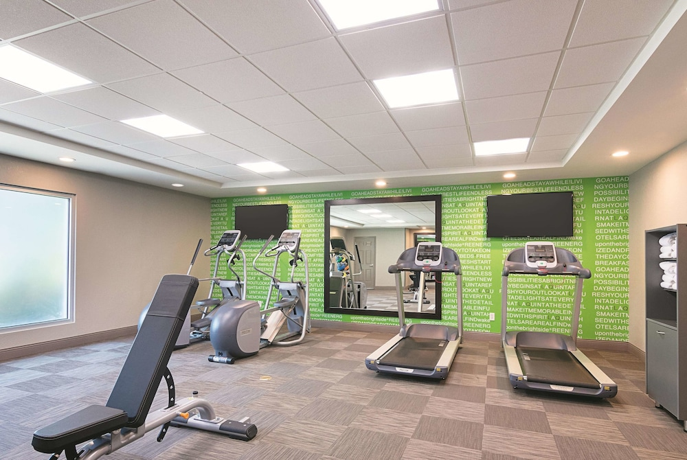 Fitness Facility, La Quinta Inn & Suites by Wyndham Atlanta Conyers