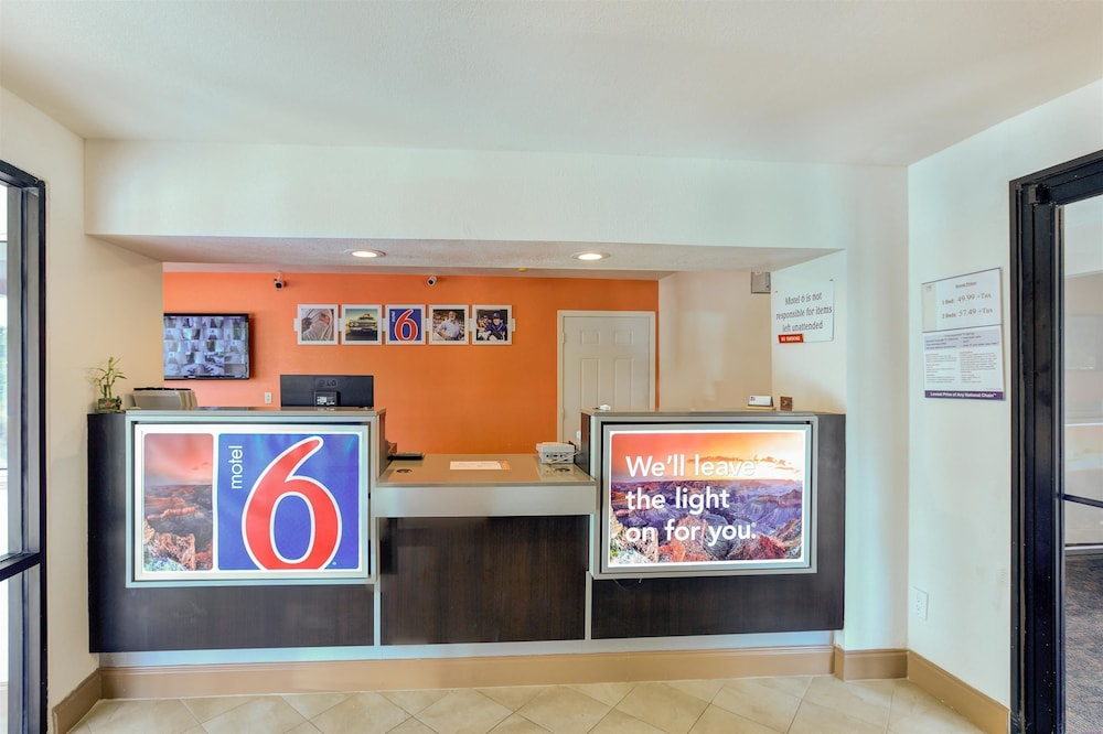 Coffee Service, Motel 6 Dallas, TX - South