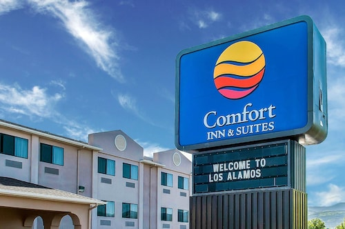 Great Place to stay Comfort Inn & Suites Los Alamos near Los Alamos