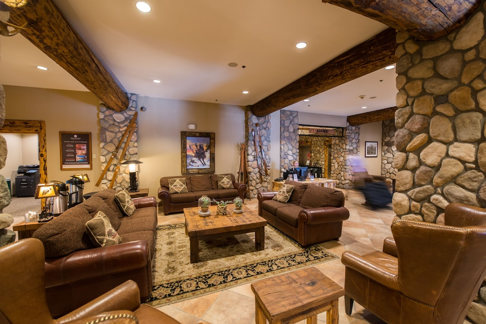 Lobby Sitting Area, Grand Lodge Crested Butte