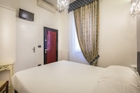 Double Room (Small)