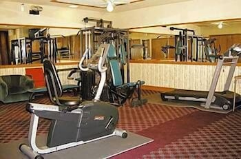 Gym, Airport Inn Hotel