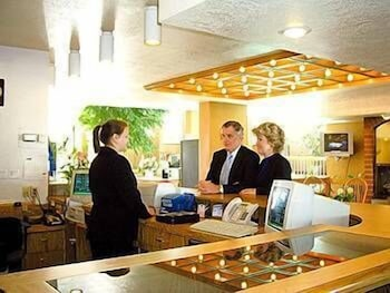 Check-in/Check-out Kiosk, Airport Inn Hotel