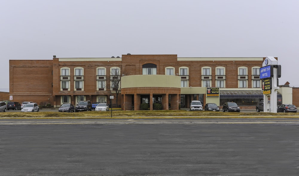 Front of Property, Airport Inn Hotel