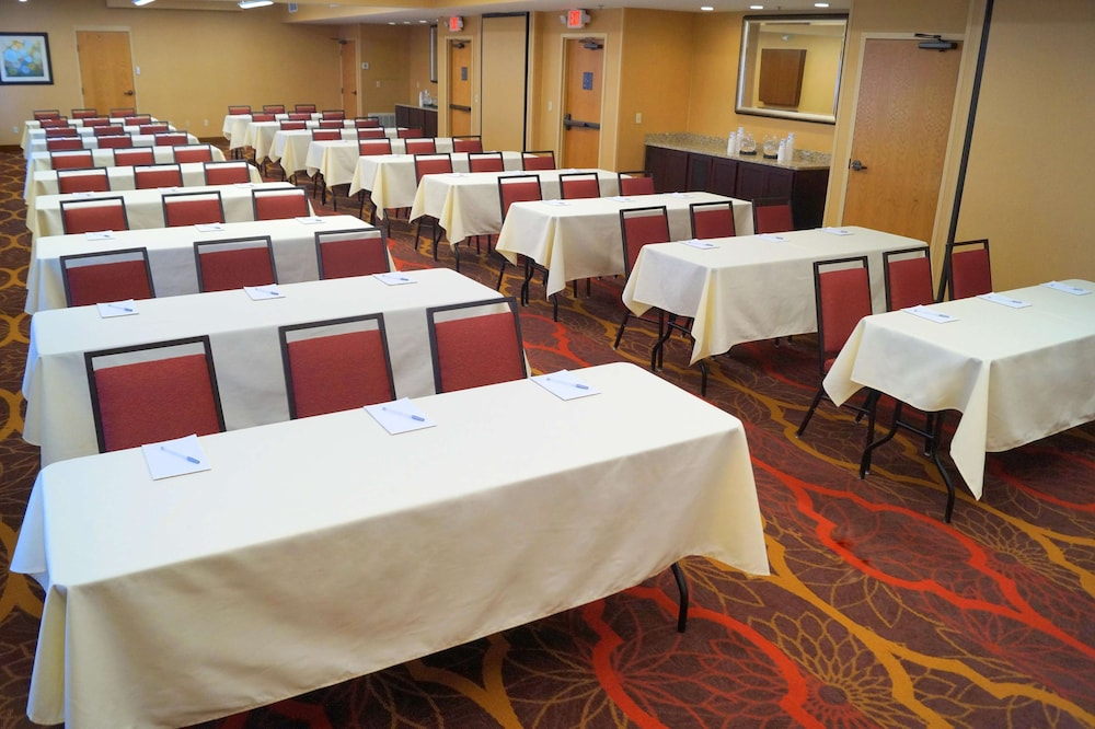 Meeting Facility, Hampton Inn Altoona