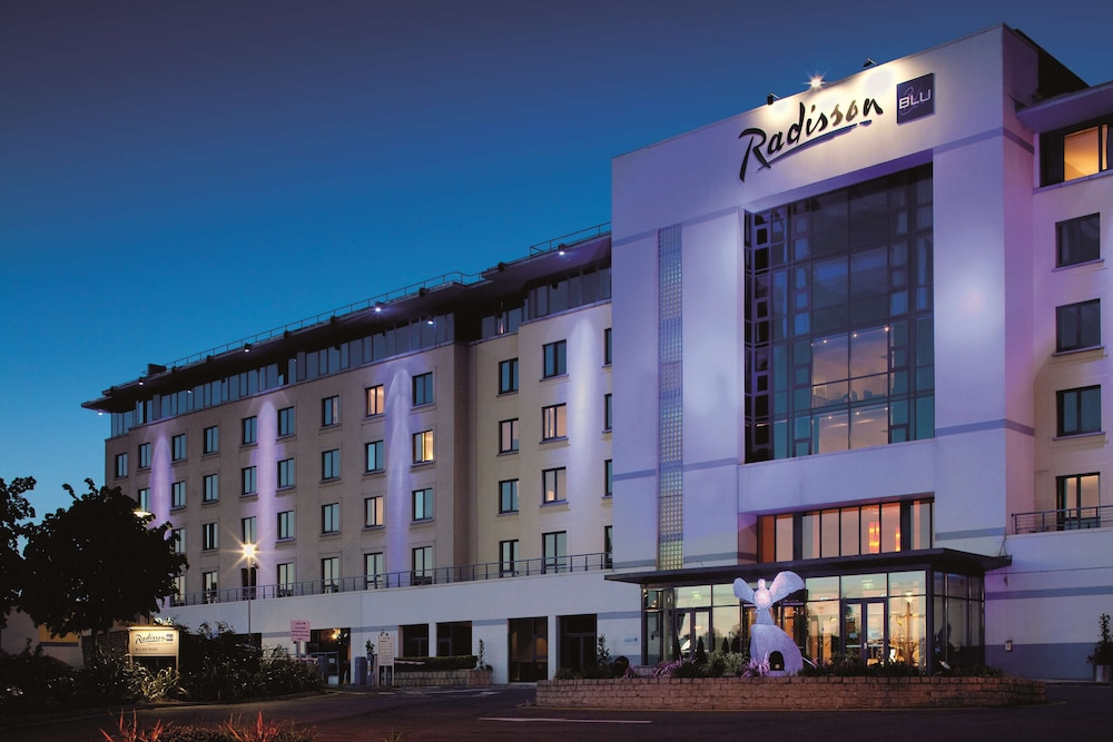 Featured Image, Radisson Blu Hotel, Dublin Airport