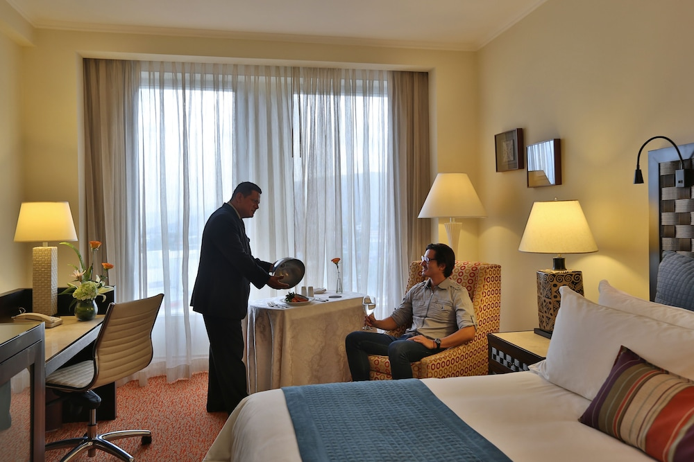 In-Room Dining, Real InterContinental San Pedro Sula at Multiplaza Mall