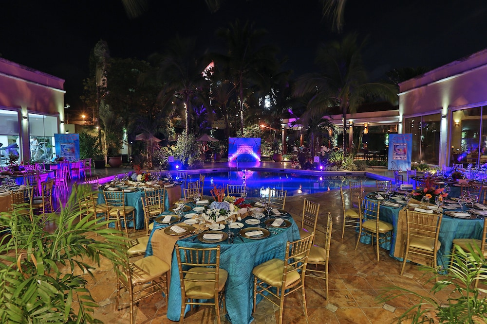 Outdoor Banquet Area, Real InterContinental San Pedro Sula at Multiplaza Mall