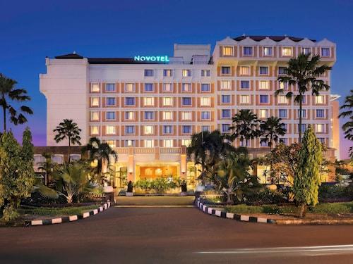 노보텔 솔로 호텔