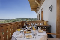 Le Michlifen Ifrane Suites & Spa (24 of 80)