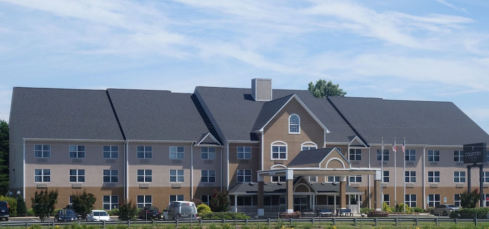 Front of Property, Country Inn & Suites by Radisson, Burlington (Elon), NC