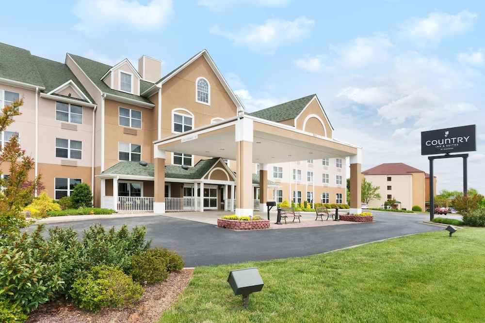 Featured Image, Country Inn & Suites by Radisson, Burlington (Elon), NC