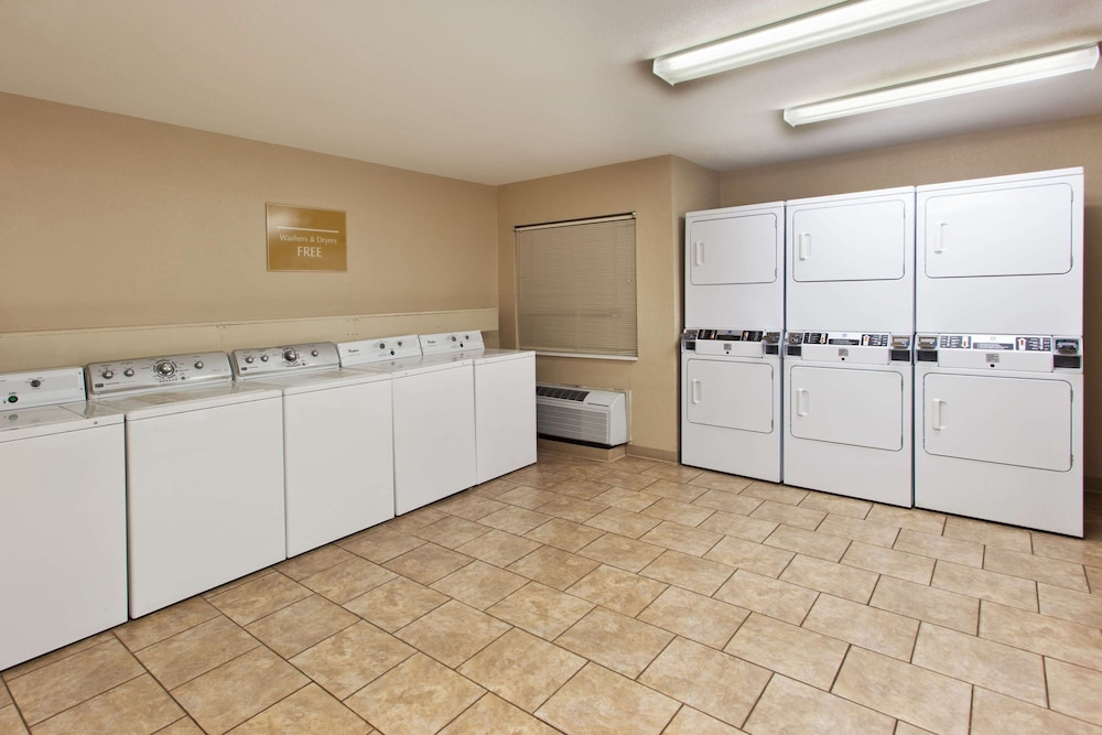 Laundry Room, Sonesta Simply Suites PHI Willow Grove