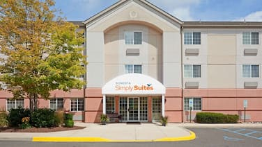 Sonesta Simply Suites PHI Willow Grove