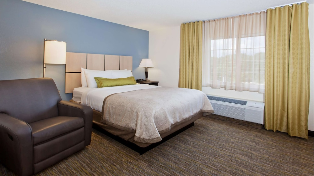 Room, Sonesta Simply Wichita Airport