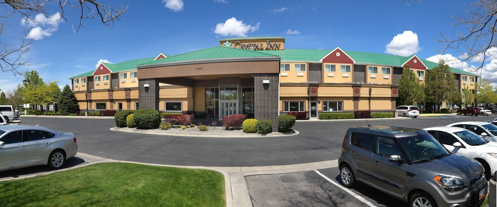 Crystal Inn Hotel And Suites West Valley City