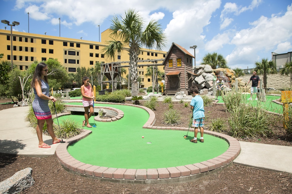 Mini-Golf, The Patricia Grand by Oceana Resorts