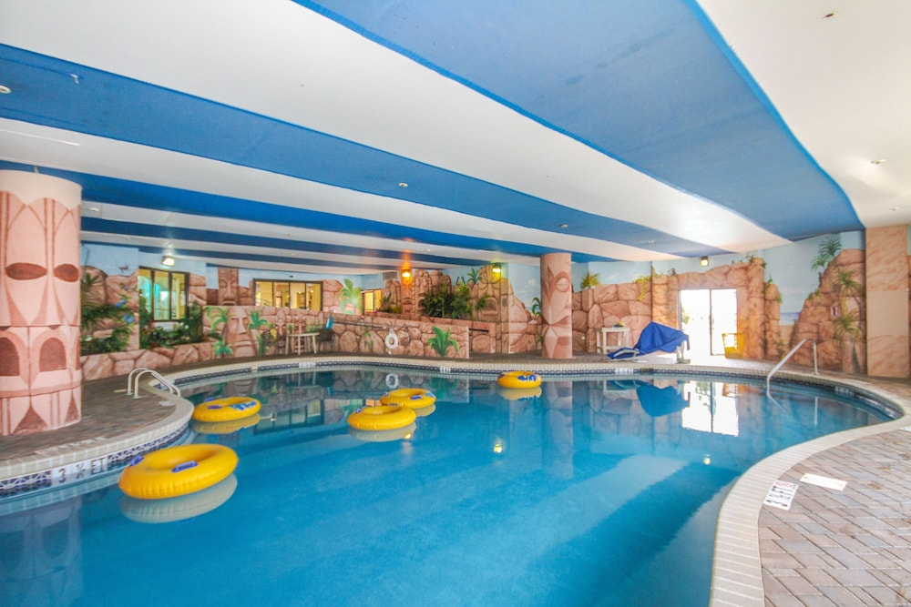 Indoor Pool, The Patricia Grand by Oceana Resorts