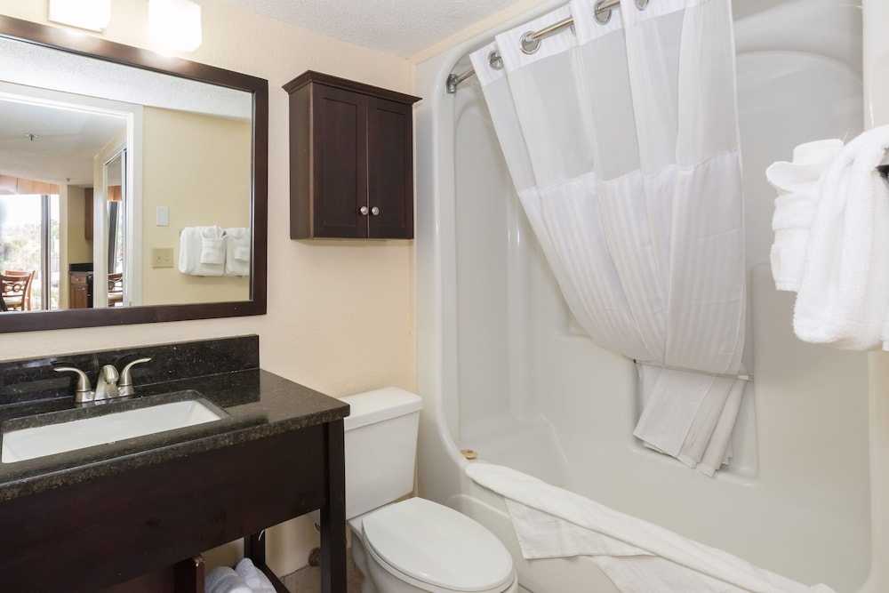 Bathroom, The Patricia Grand by Oceana Resorts