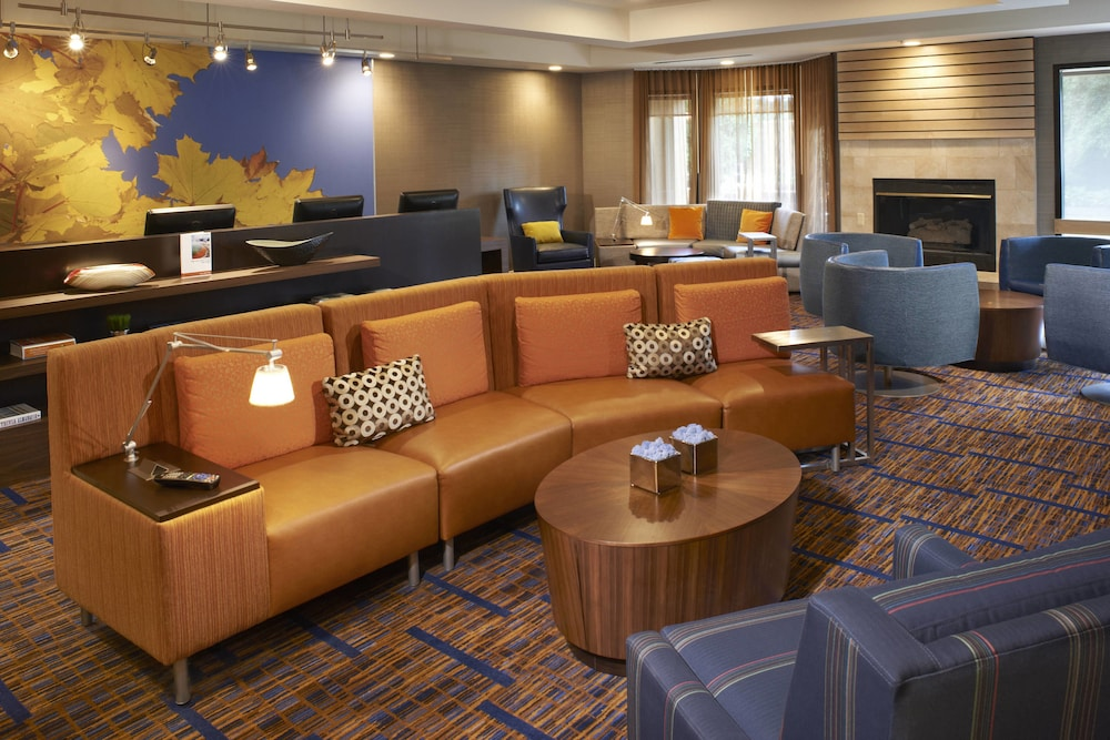 Courtyard By Marriott Toledo Rossfordperrysburg In Toledo Hotel